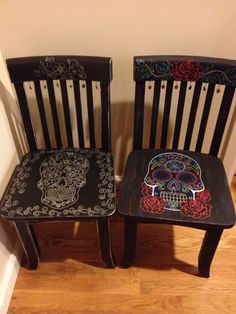 Reclaimed children's chairs painted for the Mexican holiday with beautiful sugar skulls.  Skull charms are hung from the back of the chairs in between spindles.  A striking and colorful addition to you kids decor!  Chairs are sized appropriate for 4-10 yr olds!