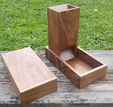 Woodworking Training Solid Black Walnut Dice Tower by ForestCityDiceTowers on Etsy - Diy Wooden Projects, Small Wood Projects, Wooden Diy, Diy Projects To Try, Dnd Table, Wood Dice, Dice Tower, Dungeons And Dragons Dice, Dice Box