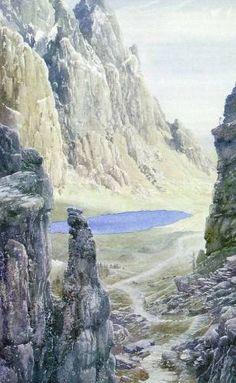 На востоке, где продолговатое плечо гор резко обрывалось, открывались подёрнутые дымкой дали.Иссиня-лазоревый овал озера обрамляли ярко-зелёные луга. Алан Ли