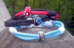 Paracord Bracelets with Center Bead