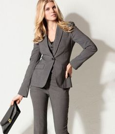 reasons to wear suit: The suit – the best choice when going to the office?