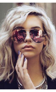 d4c8e23f384 TRENDING  Pink bronze mirrored lenses. Quay Australia aviator sunglasses.  Zippertravel.