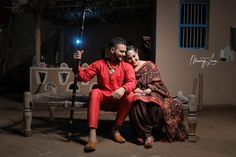 Couple Photoshoot Poses, Pre Wedding Photoshoot, Wedding Shoot, Wedding Couples, Portrait Photography Poses, People Photography, Punjabi Wedding Couple, Indian Wedding Photographer, Images Wallpaper