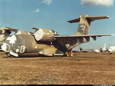 Boeing YC-14A aircraft picture