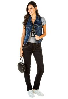 Chaleco Americanino Azul Indigo Azul Indigo, Color Azul, My Outfit, Overalls, Black Jeans, Outfits, Denim, Clothing, Pants