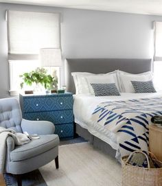http://www.digsdigs.com/photos/beautiful-blue-and-gray-bedrooms-6.jpg ~ colors I can get behind!