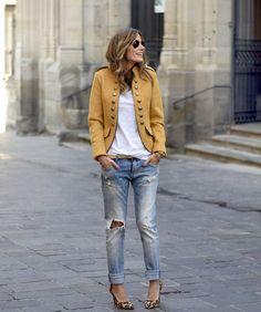mustard militar jacket |