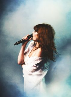 Florence Welch : the angels better sound like this...or a lot of folks'll want their money back.