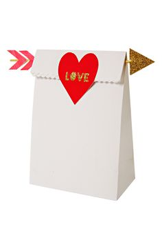 Meri Meri 'Love Arrow' Treat Bags available at Valentine Treats, Valentines Day Party, Valentine Day Love, Valentine Day Crafts, Treat Bags, Goodie Bags, Fun Arts And Crafts, Love Is Sweet, Craft Fairs