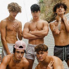 #swayboys #swayhouse Josh Richards, Boy Or Girl, Instagram, Mens Sunglasses, Boys, Cute, Swimwear, Tik Tok, Juicing