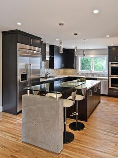 Modern Kitchen Interior Where to Start When Remodeling a Kitchen - There's a lot to think about when planning a kitchen remodel. Check out some tips for getting started, which include space planning and budgeting. Modern Kitchen Design, Interior Design Kitchen, Modern Interior, Small Kitchen Designs, Interior Office, Apartment Interior, Modern Design, Beautiful Kitchens, Cool Kitchens