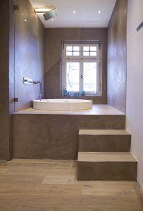 Shower room in the old building in Bonn - bathtub. Sunken Bathtub, Built In Bathtub, Jacuzzi Bathtub, Corner Bathtub, Bad Godesberg, Cast Iron Bathtub, Dere, Tub Surround