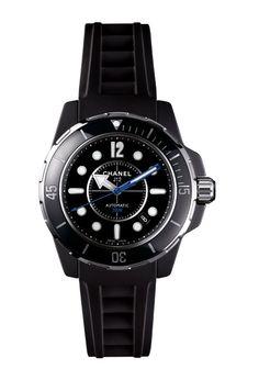 Chanel J12 Marine - Elegant beach Watches for summer / Montres de plage chic été