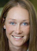 Samantha Stosur def. Lauren Davis in straight sets to advance to 2nd round