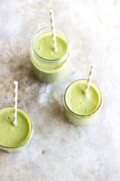 My go-to green smoothies change by the seasons. This is my favorite fall green smoothie recipe! Loaded up with limitless super-boosters and antioxidants.