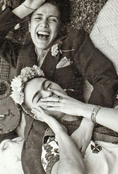 Frida Kahlo and Chavela Vargas.