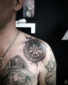 Viking Tattoos Ideas – Scandinavian Tattoos Ideas for Men and Women Viking Warrior Tattoos, Viking Compass Tattoo, Viking Tattoo Sleeve, Sleeve Tattoos, Rune Tattoo, Norse Tattoo, Girl Neck Tattoos, Arm Tattoos For Guys, Gotik Tattoo