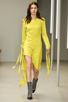 Vestido Amarelo Animale