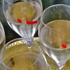 Hyvää vappua! Glad Valborg! #vappu #valborg #champagne #samppanja #skumpa @ghmumm #lasissa #winegeek #winelover #vin #viini #viinivinkki #wineporn #instawine #winetasting #wineblog #winestagram #winelover #primewine #winetime #winerylover