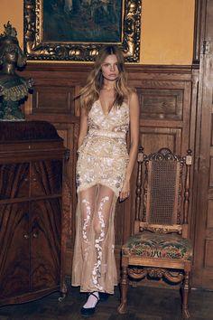 imagen 6 de Sensuales vestidos y sugerente lencería de For Love & Lemons.