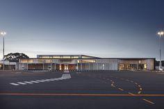 Gallery of Kangaroo Island Air Terminal / Ashley Halliday - 1 Kangaroo Island, Building Art, Sustainable Design, Modern Architecture, Facade, Travel Photography, Australia, Mansions, Landscape