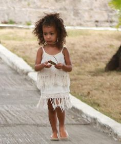 "13 Looks da North West ""por ai"" via #Fashionismo"