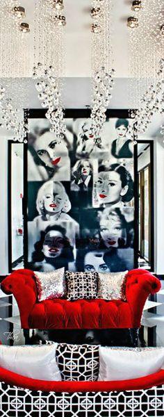 Low Budget Home Decoration Ideas Code: 6885707159 Hollywood Glamour Decor, Hollywood Room, Old Hollywood Style, Hollywood Regency, Red Bedroom Design, Bedroom Red, Bedroom Decor, Joko, Modern Interior Design