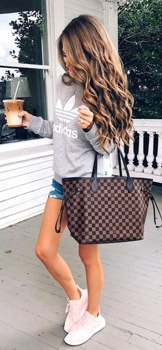 Basic Summer Outfits 38 The style destination for . Cool Summer Outfits, Spring Outfits, Summer Dresses, Party Dresses, Spring Summer Fashion, Autumn Fashion, Uk Summer, Look Con Short, Casual Outfits
