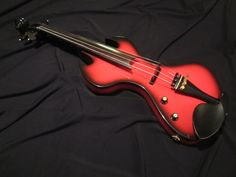 Handmade - Handcrafted in North America (Canada) Solid Maple Neck, Solid Red Cedar Body, Ebony Fingerboard, Pegs, Tailpeice, Chinrest. Beautiful Black & RedBurst color.This is the 15th MXV custom built by the Luthier. Piezo & preamp system made by same manufacturer of Fishman pickups. Th...