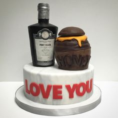 Honey & Whiskey on marble cake. #deliciousarts #customcakes #marblefondant #honeyjar #whiskey #westla #westpico #losangeles #bakery
