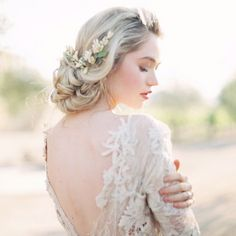 Loose Bridal Updo by Luna de Mare