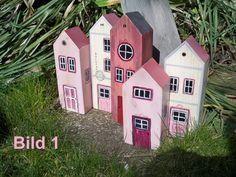 Deko-Objekte - Haus aus Holz - Holzhaus - ein Designerstück von Holzkopf-und-Pappnase bei DaWanda