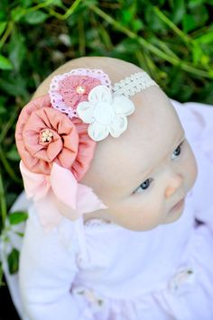 adorable!  And so is the headband.