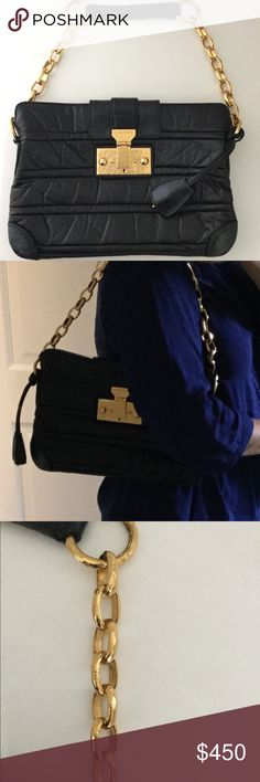 Marc Jacobs Christina Bag Hammered Gold Chain Rare Marc Jacobs black leather shoulder bag. Hammered gold chain and lock that works. No trades. Very good condition. Marc Jacobs Bags