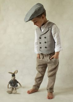 Ring bearer outfit Wedding party outfit Toddler boy vest and pants Boys linen suit Double breasted vest Photo prop Page boy suit - Kinderkleidung - Men Toddler Suits, Toddler Vest, Toddler Boys, Baby Boys, Kids Boys, Boys Linen Suit, Gilet Jeans, Boys Waistcoat, Look Retro