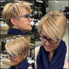 50 Best Pixie And Bob Cut Hairstyle Ideas 2019 - short-hairstyles - Modern Bob Hairstyles, Choppy Bob Hairstyles, Asymmetrical Bob Haircuts, Inverted Bob, Bob Pixie Cut, Bob Cut, Short Pixie, Short Hair Cuts, Short Hair Styles