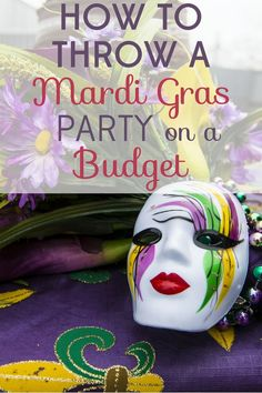Tips for Throwing a Dazzling Mardi Gras Party on a Budget Mardi Gras is a holiday of excess, but you can celebrate on the cheap! We've got tips for throwing a dazzling Mardi Gras party on a budget! Mardi Gras Centerpieces, Mardi Gras Decorations, Table Decorations, Mardi Gras Activities, Mardi Gras Food, Mardi Gras Party Theme, Mardi Gras Beads Bulk, Madi Gras Party, Mardi Grad