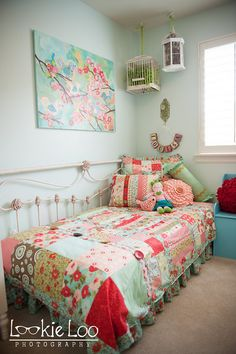 use king sized headboard with a twin mattress for a daybed look @Colleen Ackerman Griffin
