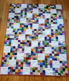 Zig Zag Quilt – made with scrappy nine patches. Based on a Bonnie Hunter pattern called Zig Zag Nines from her book Adventures with Leaders and Enders. This is a great charity quilt and easy to sew from your stash. Patchwork Quilt Patterns, Scrappy Quilts, Easy Quilts, Mini Quilts, Bonnie Hunter, 9 Patch Quilt, Quilt Blocks, Quilt Kits, Quilting Projects