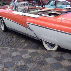Feirinha Largo da Ordem - Curitiba  Exposição de carros antigos