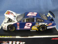 Action Collectibles 1:24 Scale Die-Cast Rusty Wallace #2 Miller/Elvis '98 Ford Taurus Replica