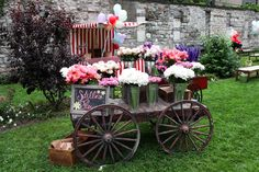 fancy garden party with stella Mccartney -resort 2013 collection Flower Cart, English Country Gardens, English Countryside, Planter Table, Felix The Cats, Fru Fru, Carnival Themes, Pretty Flowers, Flower Power
