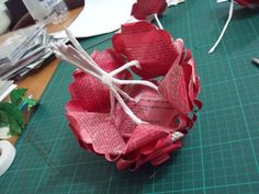 How to make paper flower bouquet from a French novel