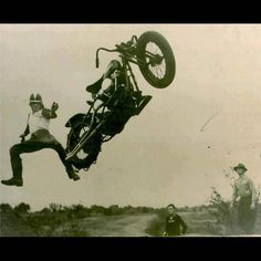 Vintage Motorcycle Hill Climbs - Lightning Customs Motorcycle Blog blog.lightningcustoms.com