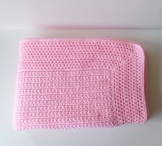 Couleur Rose Pale, Boutique, Etsy, Decor, Crochet Coin Purse, Pink Blanket, Home Decor Hooks, Bedroom, Bebe