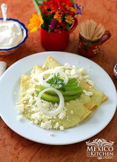 Enchilada Ingredients, Enchilada Recipes, Spicy Recipes, Mexican Food Recipes, Ethnic Recipes, Mexican Enchiladas, Mexican Tacos, Tomatillo Sauce, Tacos And Burritos