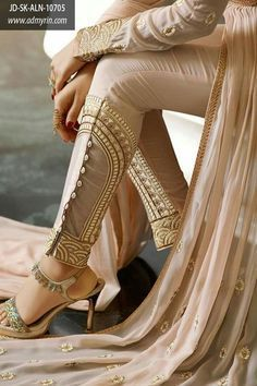 Beautiful Fancy Dresses from all brands Collections you can save the ideas and variations in designs and colors for girls Indian Suits, Indian Attire, Indian Wear, Fashion Pants, Fashion Outfits, Womens Fashion, Fashion Trends, India Fashion, Asian Fashion