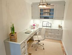 Small Office Design Ideas, Pictures, Remodel, and Decor – page 6 – Home Office Design Layout Basement Office, Office Nook, Home Office Space, Home Office Desks, Desk Space, Office Table, Office Workspace, Basement Studio, Corner Space
