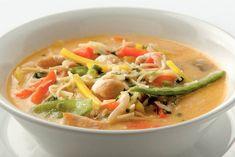 Kijk wat een lekker recept ik heb gevonden op Allerhande! Thaise kippen-groentesoep met noedels