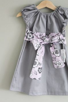 Perfect Little Party dress: Why don't they make this in grown up size?